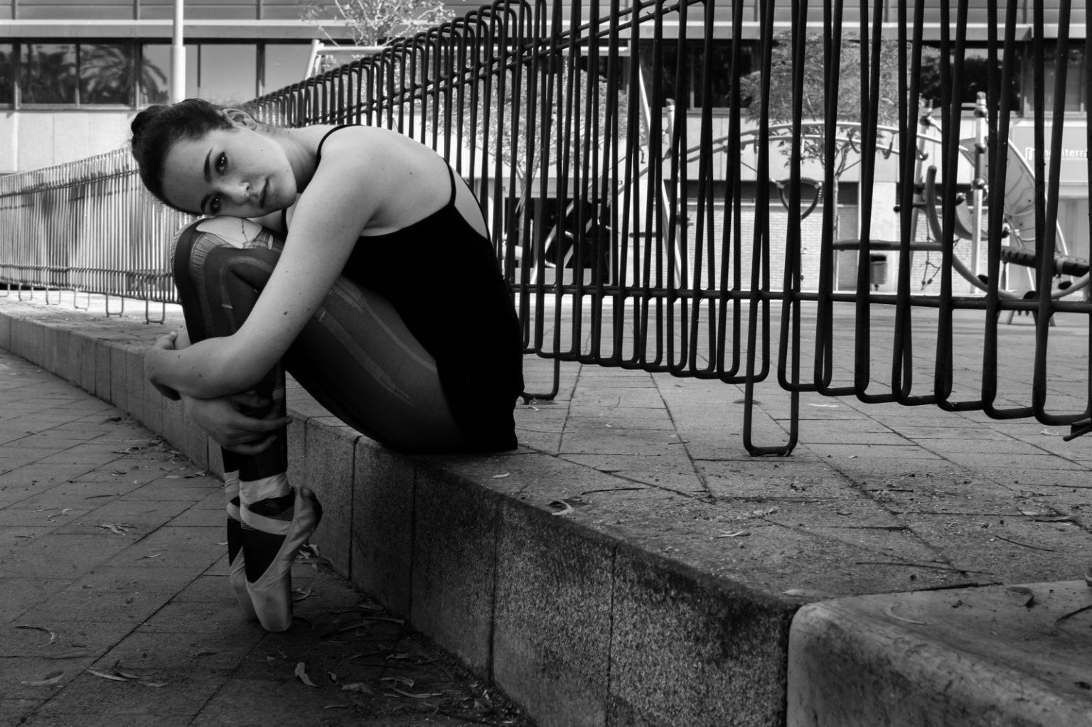 blackandwhite_bw_ballet_girl_canon_shoe_dance_ballerina-965194