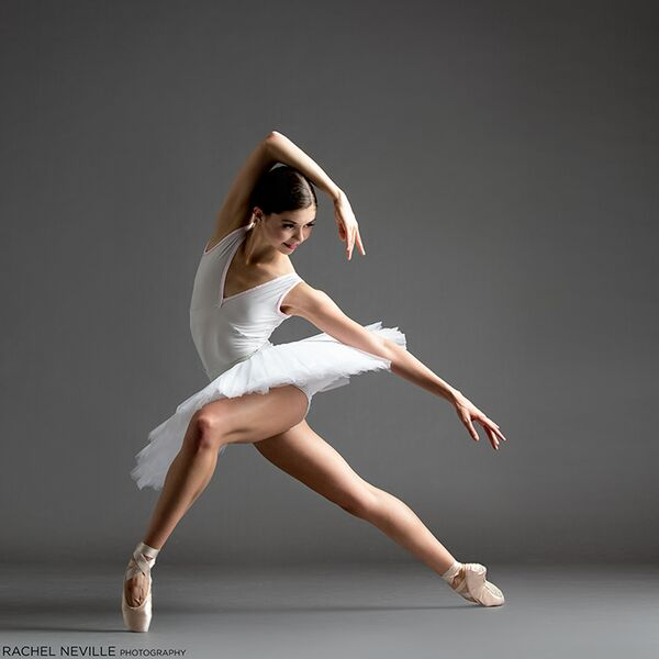 white-tutu-v-neck-plunge-nyc-dance-photographer-rachel-neville